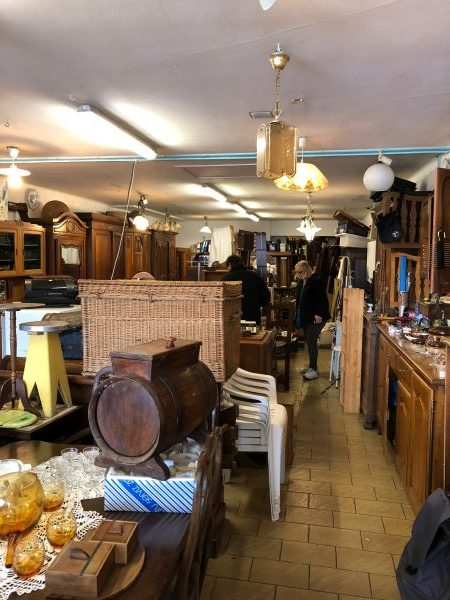 Brocante and Occasion run by Pascale in Neufchateau
